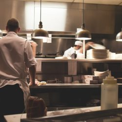 Eliminazione odore cappa ristoranti | Greenbiotech.it